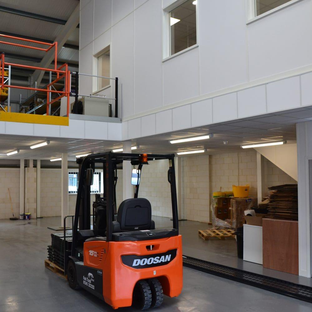 Parker Building Supplies – Mezzanine Flooring Construction